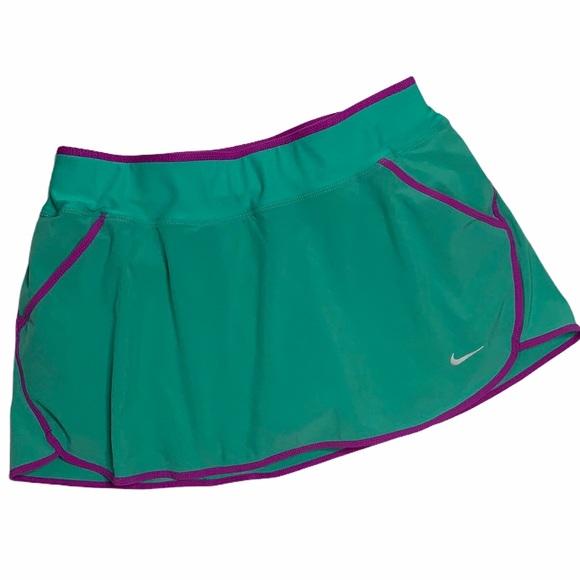 NIKE Women's Retro Running Tennis Golf Skort SZ M